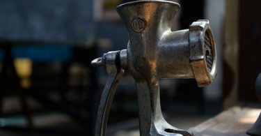 How to remove rust from a meat grinder