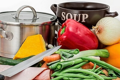 How to use slow cooker for making soup